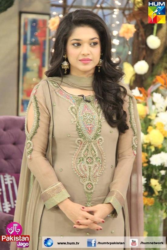 Pin Mahira Khan Her Son Baby And Husband Ali Askari Ajilbabcom Portal ...